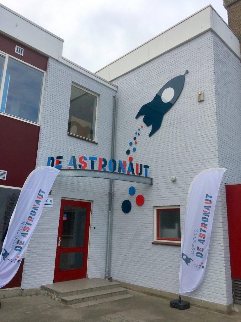 contact de Astronaut Basisschool